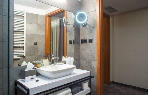 Green Mountain Hotel & Apartments -10 Days Tanzania and Uganda Safari